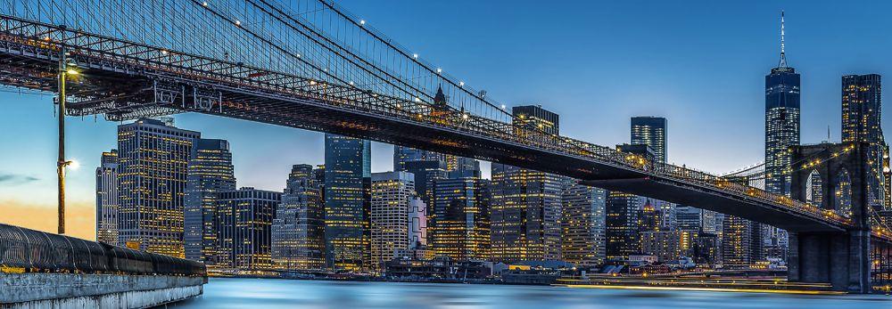 BLUE HOUR OVER NEW YORK