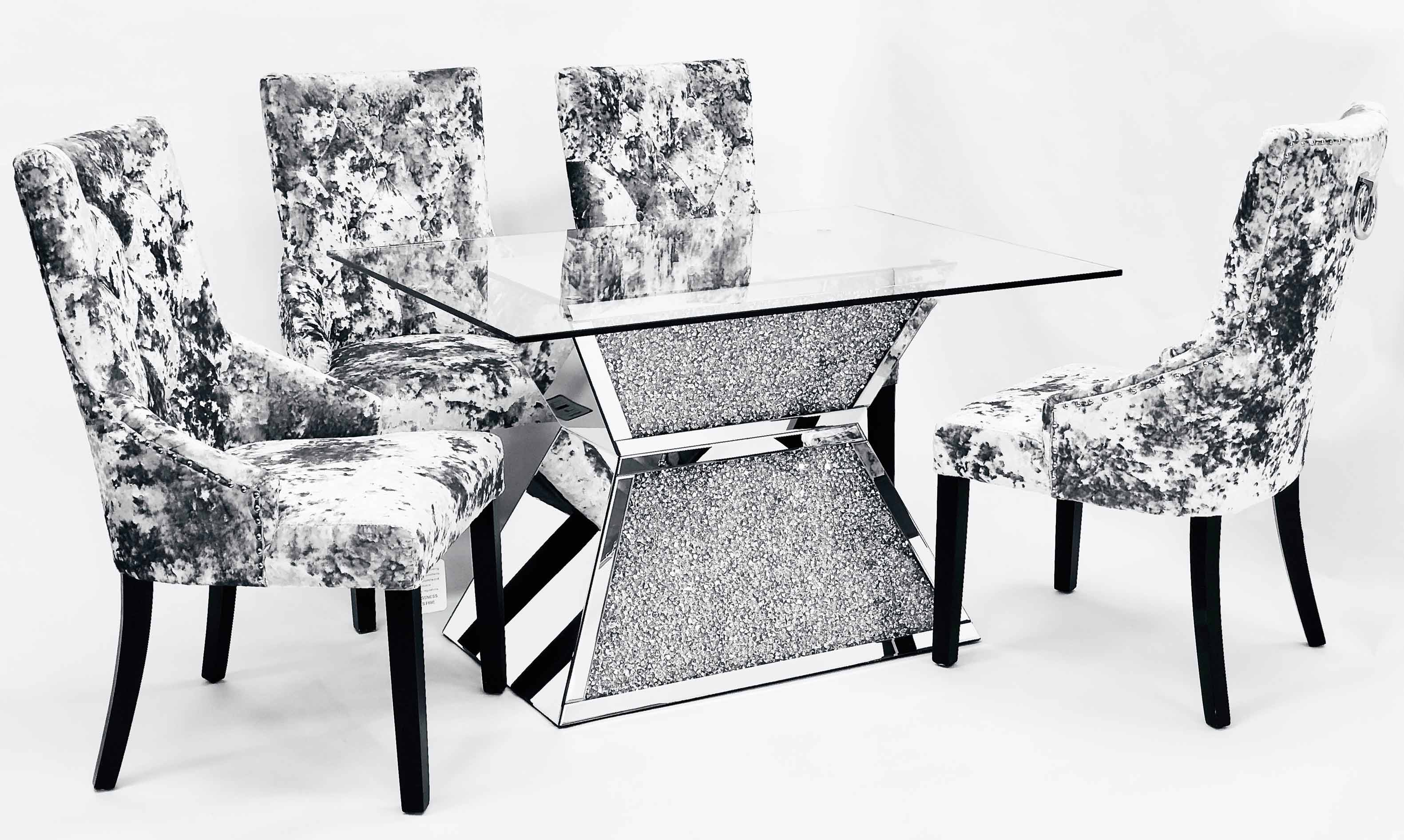 CRUSHED DIAMONM DINNING TABLE